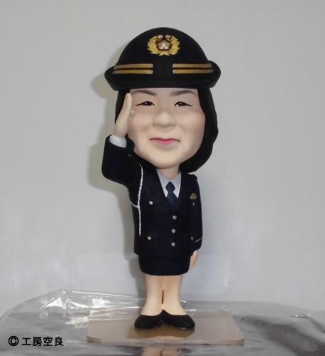 オリジナルフィギュア そっくり人形 婦警さん退職記念 工房空良